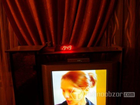 Большие светодиодные часы - дублирующий дисплей