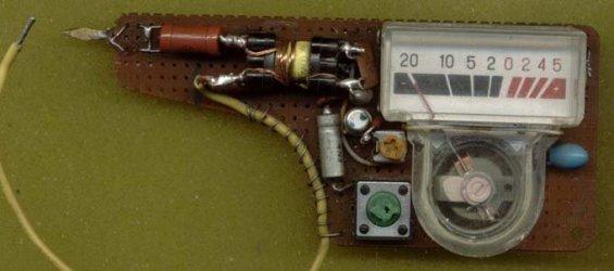 самодельный простейший ESR измеритель конденсаторов