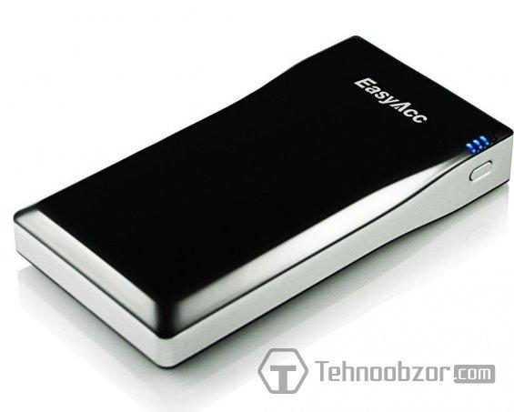 Внешний вид портативного зарядного EasyAcc 12000mAh Power Bank для смартфона