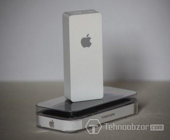 Зарядное устройство iCharger (6000мА) с эмблемой Apple