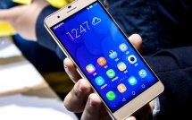 Huawei ����������� �������� Honor 8 � ������� �������