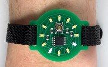 Наручные часы со светодиодами вместо цифр