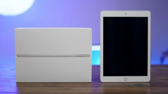 Коробка и внешний вид iPad 2017