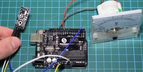 PS2 Controller, Arduino, and Servo Circuit Next Project